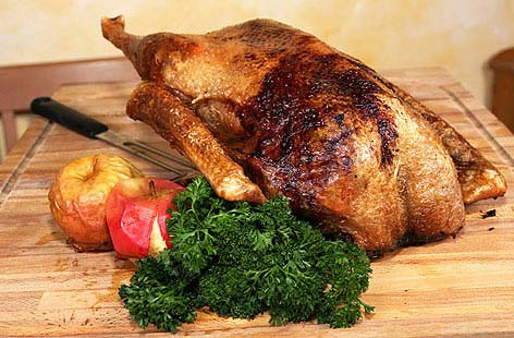 ROSEMARY & SAGE GOOSE WITH ROASTED APPLESHero dbf04b3e 2dae 4f9b 8755 d66c4437a1ea 0 472x310