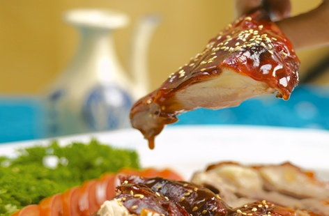 Roasted duck with plum sauce THUMB