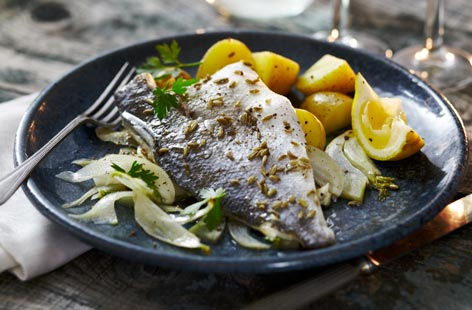 Sea bass with fennel and lemon
