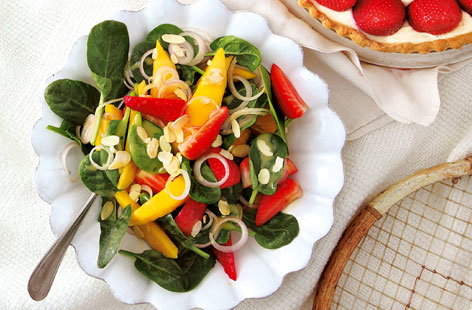 Spinach mango and strawberry salad HERO
