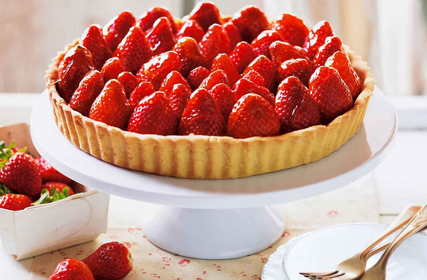 Strawberry tart | Tesco Real Food