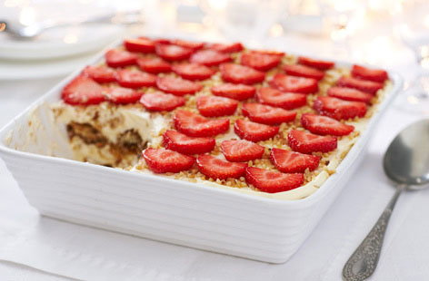 Strawberry Tiramisu hero