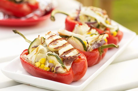 Stuffed peppers with courgettes and halloumi HERO