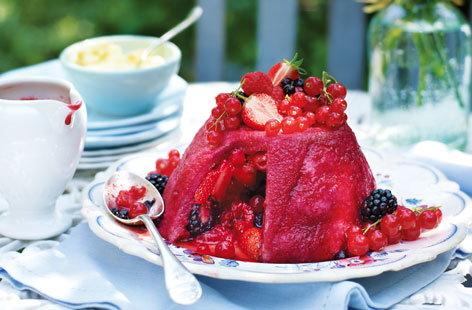 Summer pudding HERO