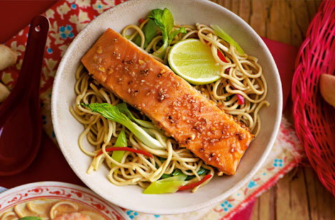 Teriyaki salmon noodles HERO