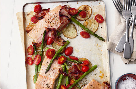 Tray baked salmon THUMB