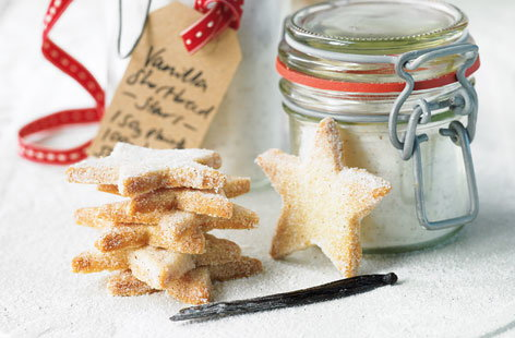 Vanilla shortbread star biscuits THUMB