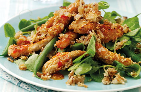 Warm Sweet Chilli Chicken Salad with Onion Oatmeal THUMB