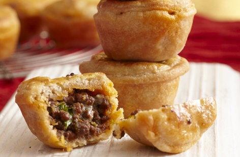 Beef and stilton mini pies | Tesco Real Food