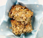 Breakfast energy bars