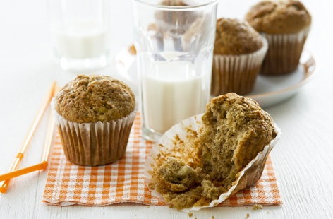Chewy banana and honey muffins