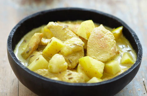 Chicken, apple and banana curry