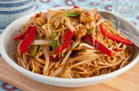 chicken chow mein thumb