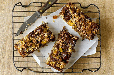 chocolate and ginger flapjacks (t)