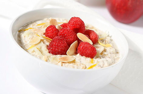 creamy apple lemon muesli