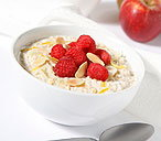 Creamy apple, lemon and honey muesli