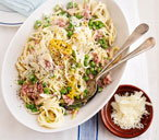Ham and pea carbonara