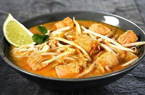 salmon rice noodles in coconut soup 001 7a129db7 a9d2 4270 8ddc 369a9e34820e 0 472x310