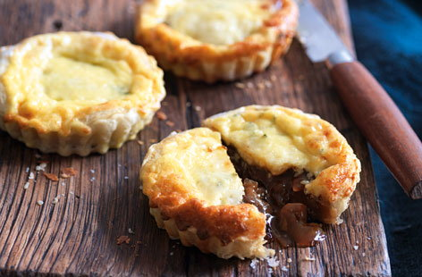 Sticky onion tarts