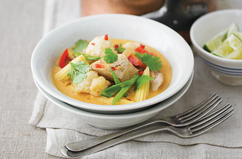 thai chicken curry HERO