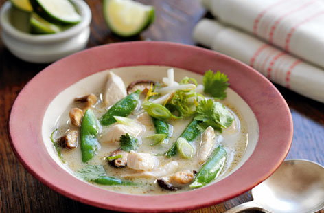 thai coconut chicken soup THUMB