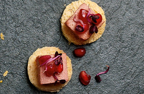 Brioche with pâté & pomegranate