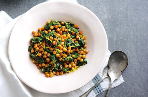 Warm chickpeas with spinach and harissa
