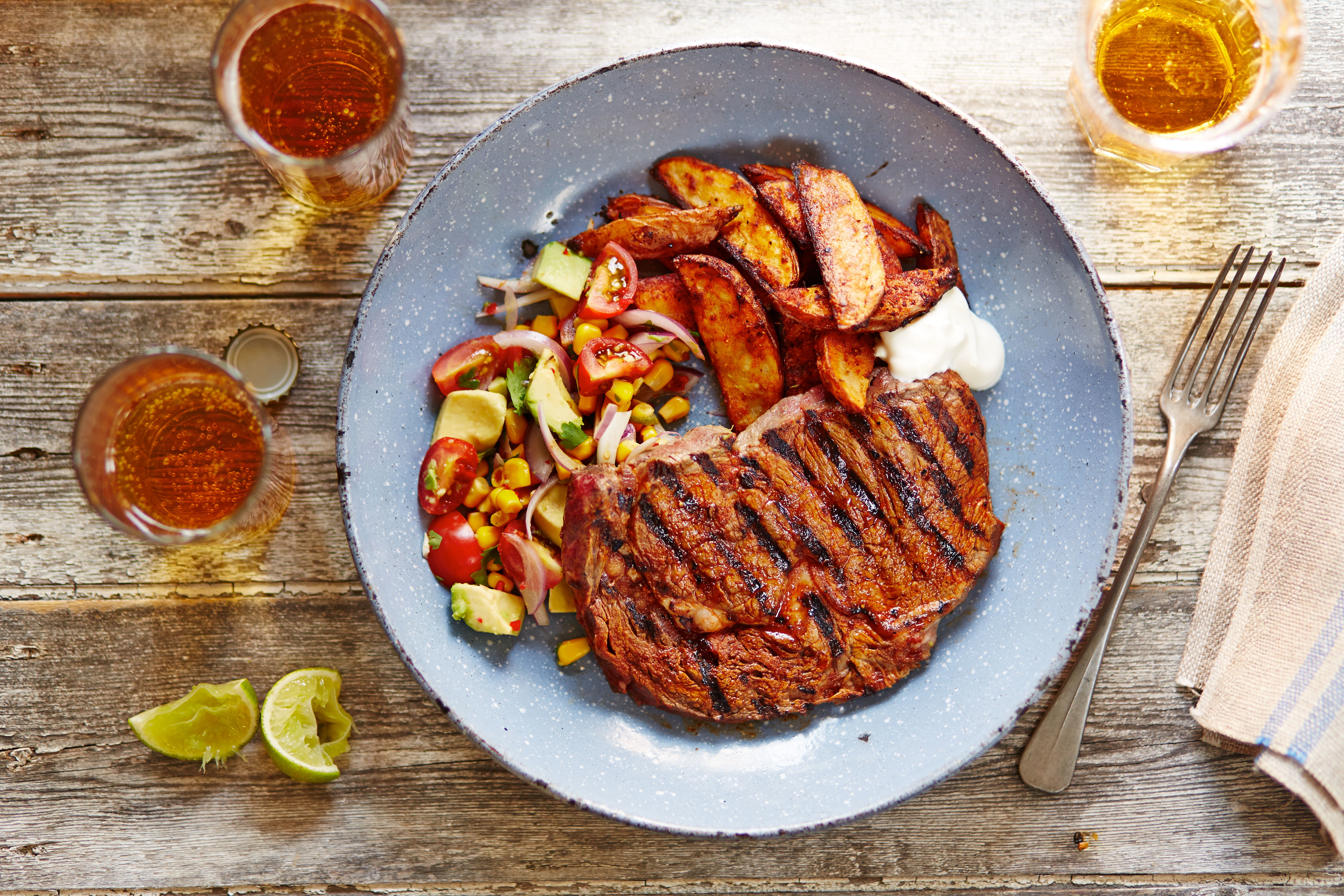 Chipotle steak with Mexican salsa  recipe