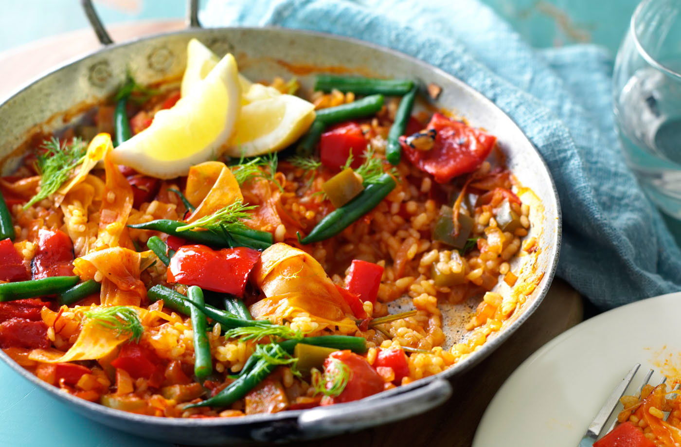 Fennel, tomato and red pepper paella recipe