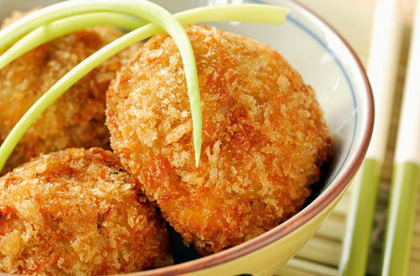 098243 Japanese rice croquettes THUMB
