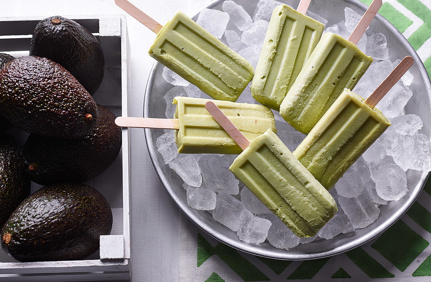 Avocado and Greek yogurt ice lollies recipe