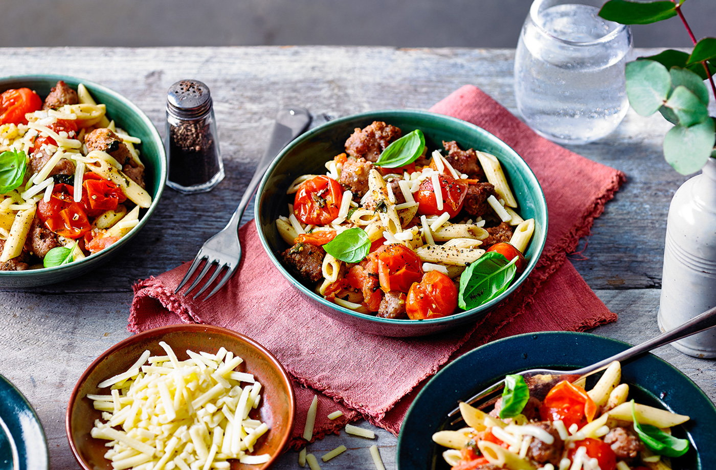 Crispy sausage and tomato pasta recipe