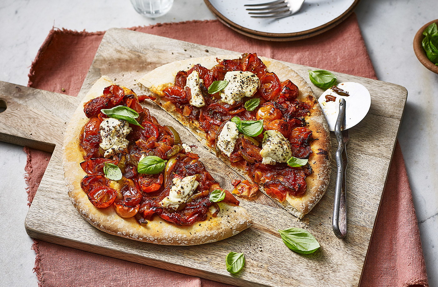 Peperonata pizzas recipe