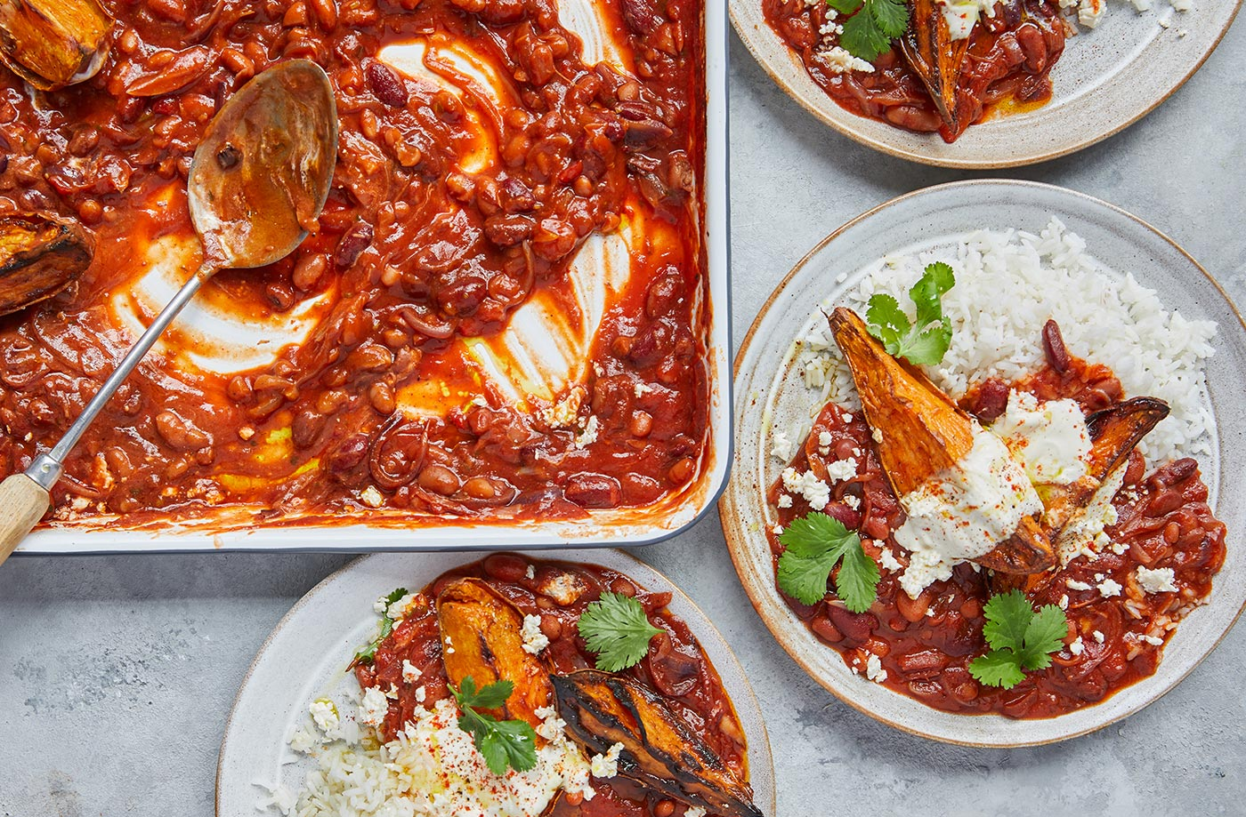 Smoky chilli baked beans recipe