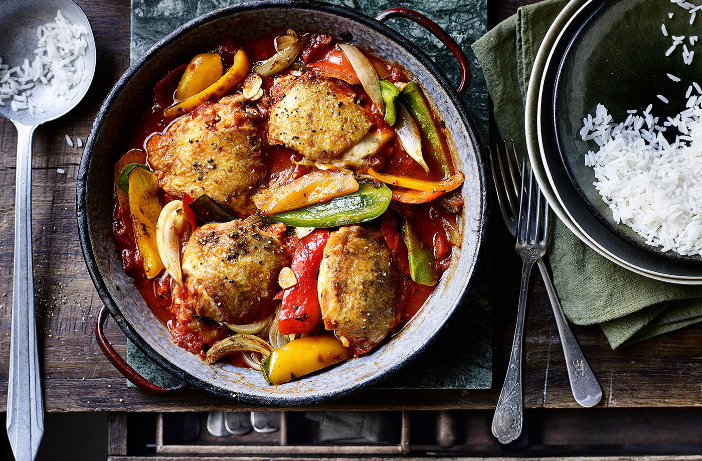 Spanish-inspired chicken and peppers one-pot recipe