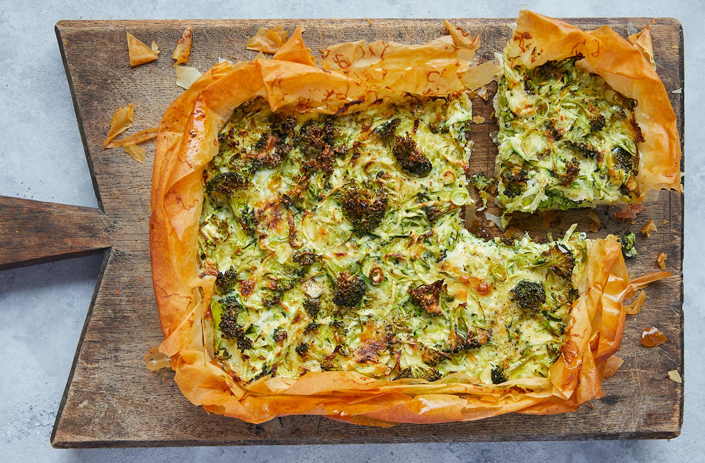 Speedy quiche traybake