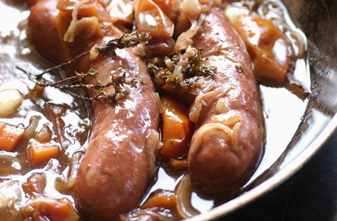 147968 stewed sausages HERO