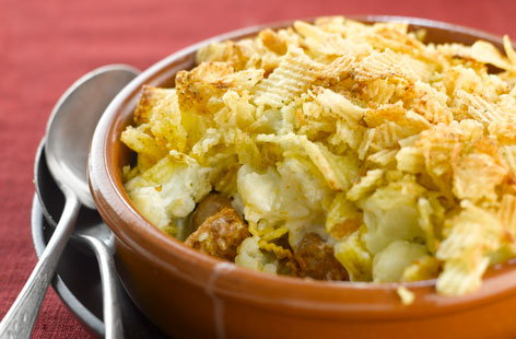 154369 Sausages with Crumbled Potato Crisp Topping HERO