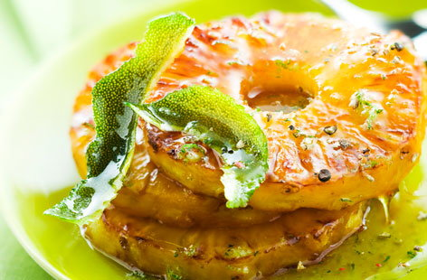 154761 grilled pineapple with lime juice HERO