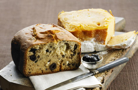 Black olive and pumpkin bread loaf