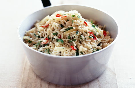 157540 Rice and Herb Salad with Pimento served in a saucepan HERO