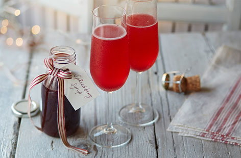 Spiced berry Bellinis