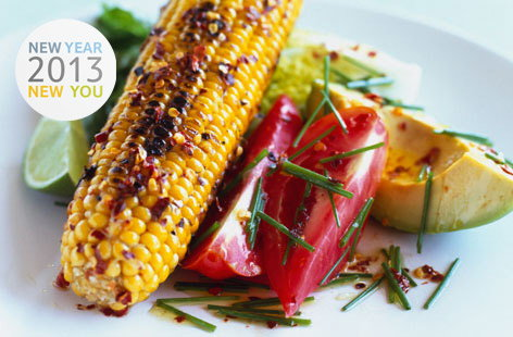 172274 grilled corn on the cob with mixed spicy salad THUMB