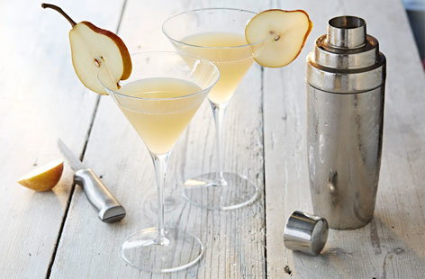 This pear and elderflower martini is an aromatic medley of pear, elderflower and lemon