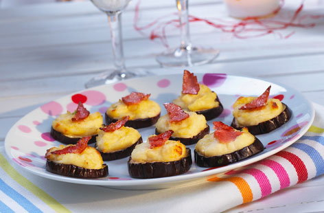Aubergine and goat 39 s cheese canap s tesco real food for Cheese canape ideas