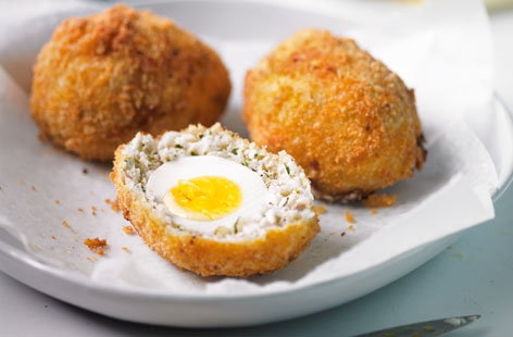 20140224 Tesco May ScotchEggs 106744 haddock(h)