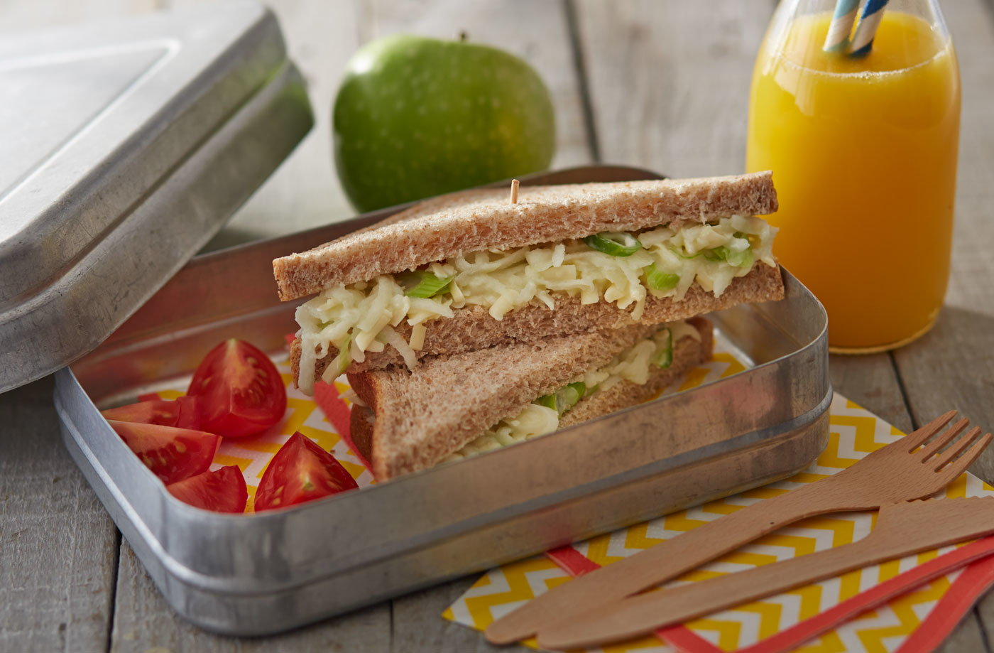 Cheese and apple slaw sandwiches recipe