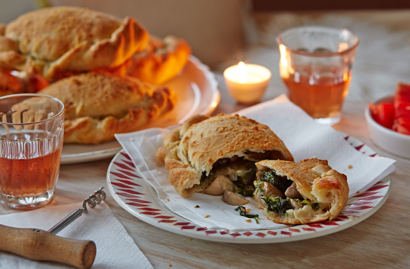 Cheesy mushroom and spinach calzone recipe