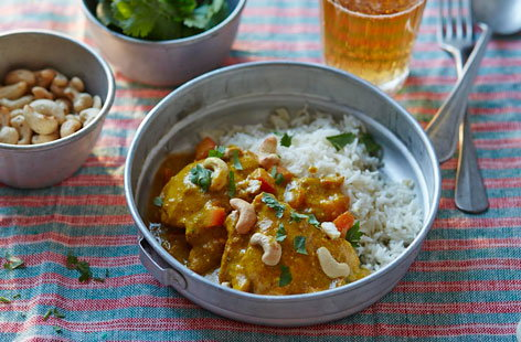 Chicken and cashew nut curry | Tesco Real Food