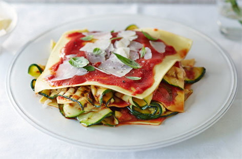 Courgette and tomato open lasagne